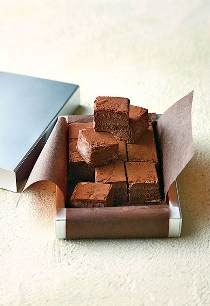 Chocolate, Chocolate brownie, Fudge, Food, Confectionery, Dessert, Cuisine, Ganache, Recipe, Dish,