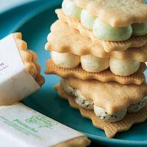 Food, Biscuit, Cuisine, Dish, Baked goods, Cookies and crackers, Snack, Finger food, Cookie, Ingredient,
