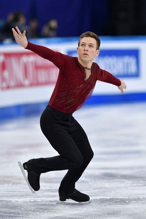 Sports, Skating, Figure skate, Ice skating, Figure skating, Jumping, Ice dancing, Axel jump, Recreation, Individual sports,