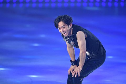 Ice skating, Performance, Music artist, Figure skating, Recreation, Skating, Dancer, Performing arts, Stage, Fun,