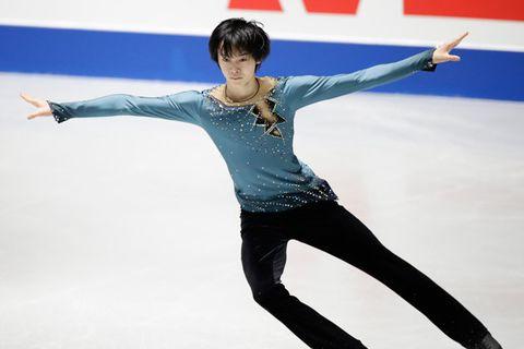 Figure skate, Figure skating, Ice skating, Jumping, Ice dancing, Skating, Recreation, Axel jump, Dancer, Sports,