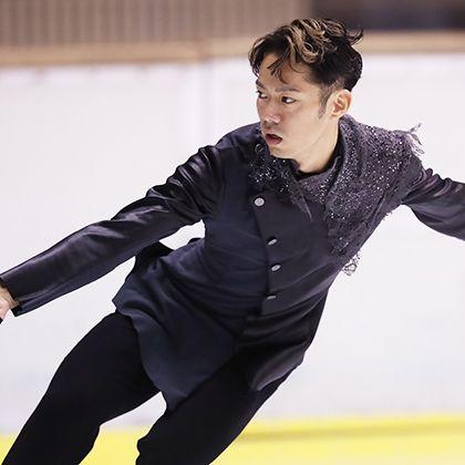 Ice skating, Figure skating, Ice dancing, Skating, Recreation, Sports, Dancer, Axel jump, Figure skate, Ice rink,