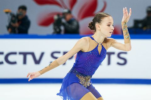 Sports, Ice skating, Figure skating, Individual sports, Skating, Axel jump, Recreation, Leotard, Ice dancing, Figure skate,