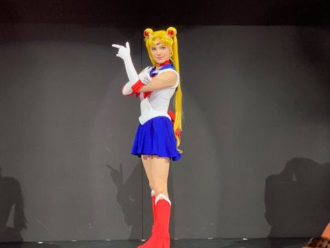 Clothing, Costume, Cosplay, Fashion, Animation, Fan convention, Performance, Event, Human leg, Dancer,