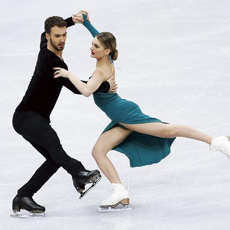 Figure skate, Ice dancing, Figure skating, Ice skating, Skating, Recreation, Ice rink, Ice skate, Sports, Dancer,