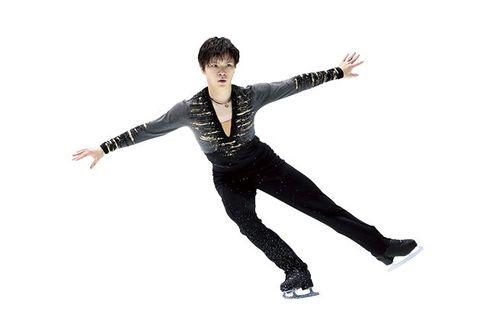 Figure skate, Figure skating, Jumping, Ice skating, Skating, Ice dancing, Recreation, Dancer, Footwear, Axel jump,
