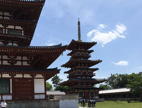 Japanese architecture, Chinese architecture, Pagoda, Tower, Architecture, Sky, Temple, Place of worship, Building, Temple,