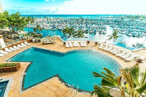 Swimming pool, Property, Resort, Azure, Vacation, Resort town, Caribbean, Turquoise, Aqua, Real estate,