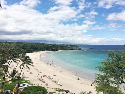 Body of water, Beach, Sky, Coast, Sea, Shore, Ocean, Tropics, Coastal and oceanic landforms, Sand,