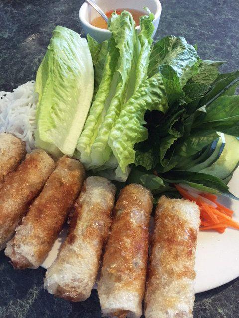 Food, Cuisine, Dish, Ingredient, Nem rán, Produce, Chạo tôm, Gỏi cuốn, Vietnamese food, Comfort food,