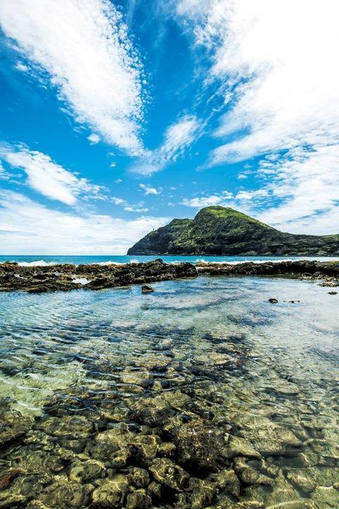 Body of water, Sky, Sea, Nature, Water, Shore, Blue, Coast, Ocean, Beach,