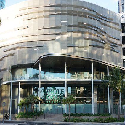 Building, Architecture, Mixed-use, Commercial building, Metropolitan area, Property, Condominium, Urban area, Residential area, City,