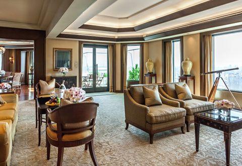Room, Living room, Property, Interior design, Furniture, Building, Ceiling, Real estate, Table, Suite,