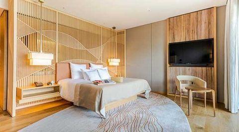 Bedroom, Furniture, Room, Bed, Property, Suite, Interior design, Bed sheet, Bed frame, Wall,