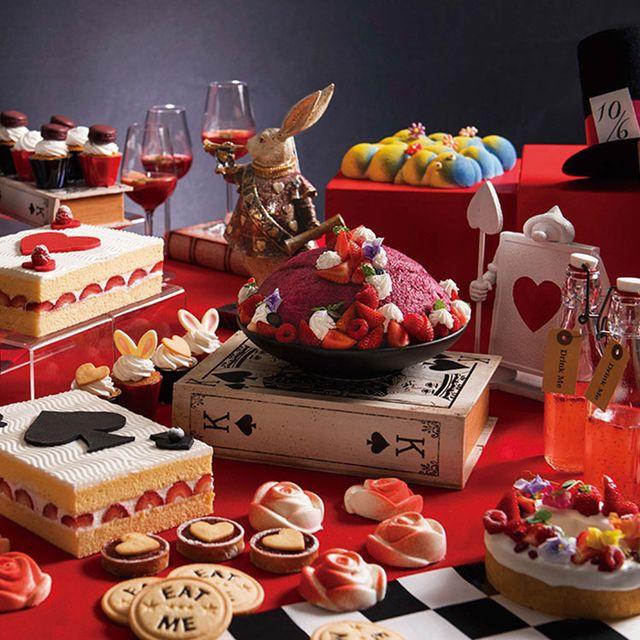 Sweetness, Food, Dessert, Baked goods, Sugar paste, Cake, Table, Cuisine, Pastry, Toy,