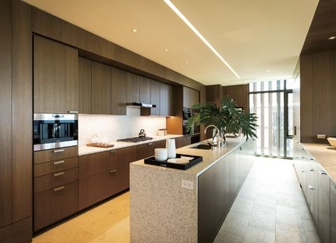 Countertop, Room, Interior design, Property, Furniture, Cabinetry, Kitchen, Building, Ceiling, House,