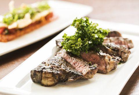 Dish, Cuisine, Food, Flat iron steak, Ingredient, Meat, Steak au poivre, Steak, À la carte food, Produce,