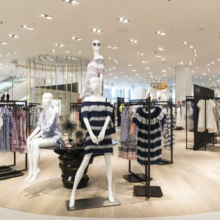 Boutique, Interior design, Building, Outlet store, Fashion, Retail, Design, Room, Shopping mall, Ceiling,
