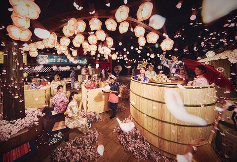 Decoration, Holiday, Function hall, Customer, Market, Festival, Ceremony, Lantern, Mid-autumn festival, Bazaar,