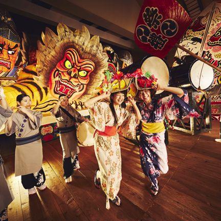 Folk dance, Event, Carnival, Tradition, Dance, Festival, Performing arts, Temple, Art, Ritual,