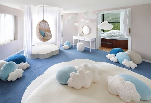 Room, Furniture, Bedroom, Property, Interior design, Bed, Floor, Bed sheet, House, Ceiling,