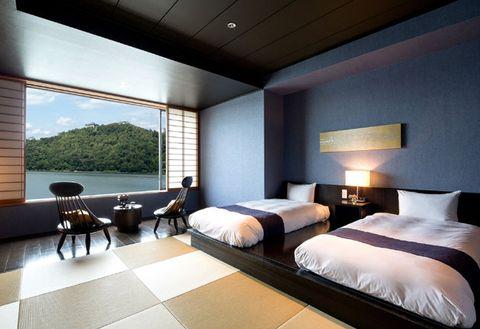 Bedroom, Room, Furniture, Interior design, Property, Bed, Wall, Bed frame, Building, Suite,