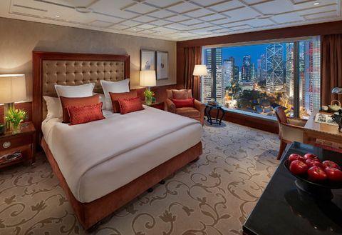 Bedroom, Room, Furniture, Bed, Property, Interior design, Suite, Bed frame, Building, Bed sheet,