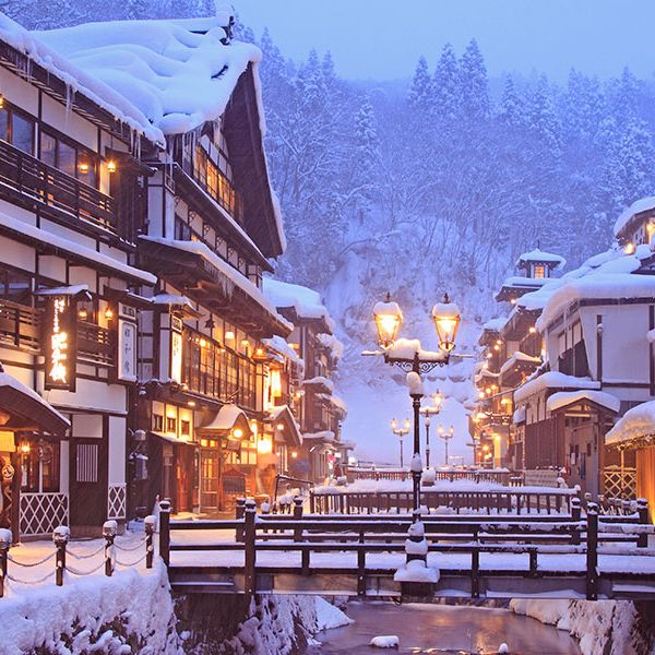 Snow, Winter, Town, Ski resort, Human settlement, Sky, Building, Architecture, Mixed-use, Mountain village,