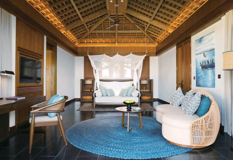 Room, Property, Interior design, Building, Furniture, House, Living room, Ceiling, Real estate, Home,