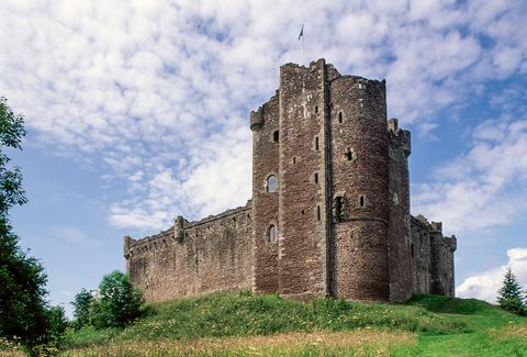 Castle, Ruins, Building, Fortification, Medieval architecture, History, Sky, Architecture, Grass, Tree,
