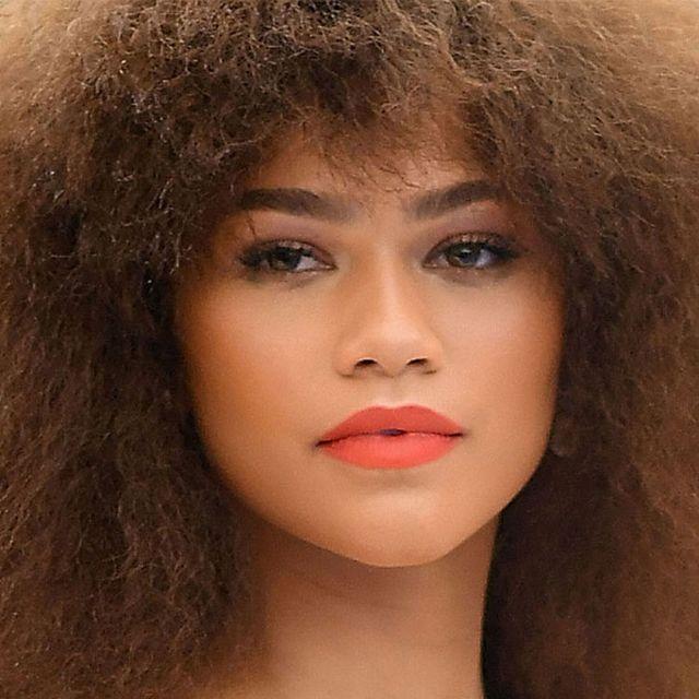 Face, Hair, Lip, Hairstyle, Eyebrow, Chin, Beauty, Skin, Cheek, Nose,