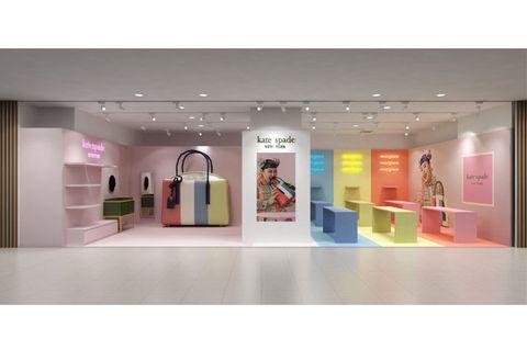Display case, Interior design, Boutique, Building, Ceiling, Room, Display window, Exhibition,