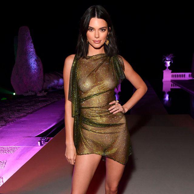 Fashion model, Clothing, Shoulder, Cocktail dress, Dress, Fashion, Joint, Leg, Thigh, Neck,