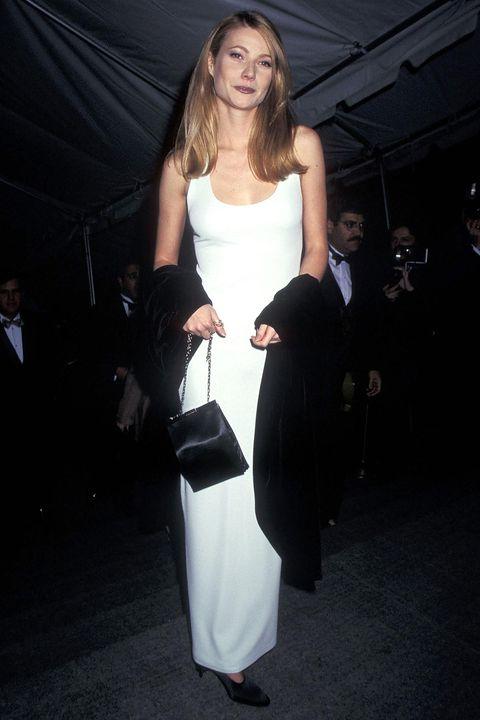White, Clothing, Shoulder, Dress, Fashion, Beauty, Leg, Joint, Long hair, Arm,