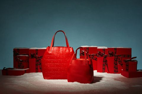 Red, Bag, Handbag, Still life, Fashion accessory, Still life photography, Material property, Room, Coquelicot, Winter,