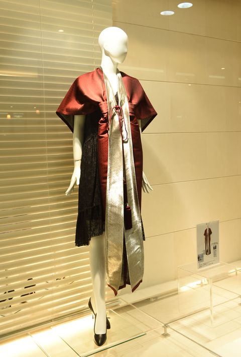 Clothing, Standing, Snapshot, Outerwear, Fashion, Mannequin, Costume, Trench coat, Fashion design, Display window,