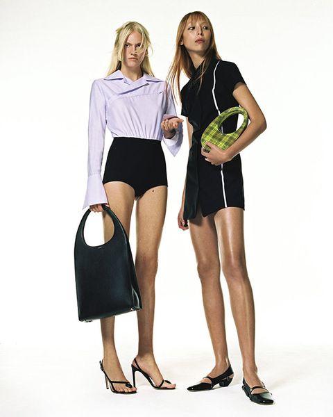 Clothing, Shoulder, Fashion, Leg, Joint, Footwear, Human leg, Sleeve, Neck, Human body,