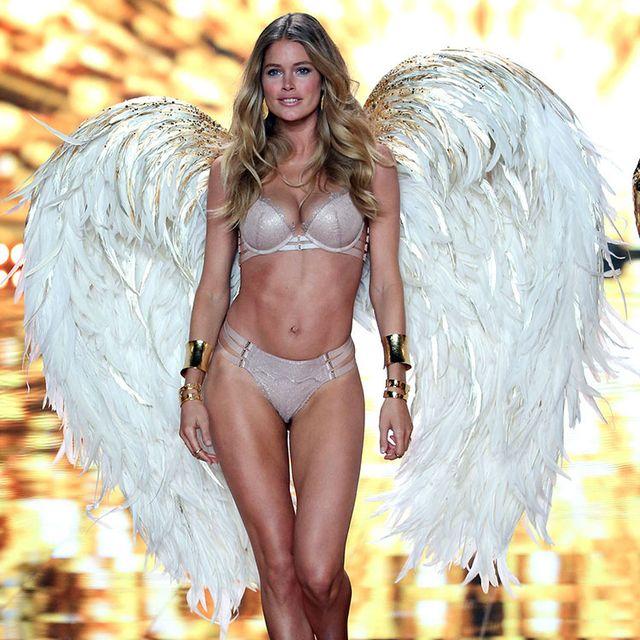 Lingerie, Bikini, Clothing, Fashion model, Beauty, Model, Fashion, Long hair, Fashion show, Blond,