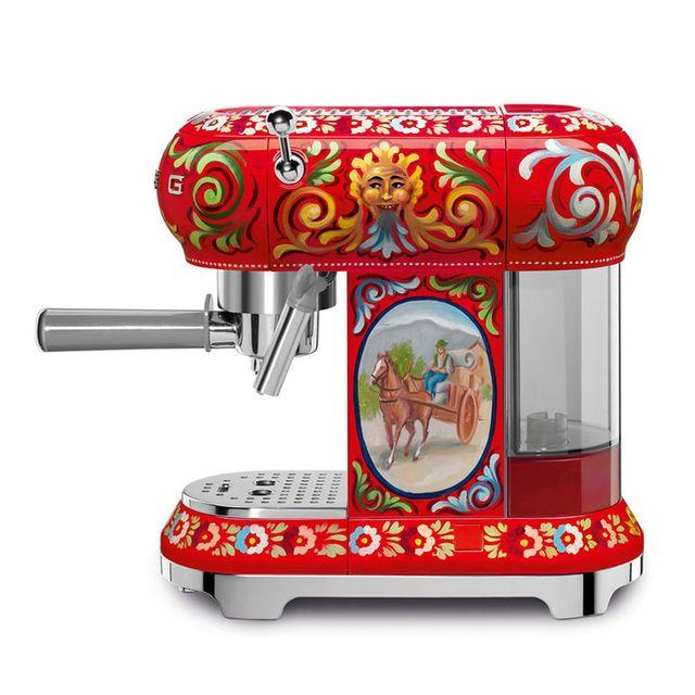 Kitchen appliance, Small appliance, Espresso machine, Home appliance, Machine,