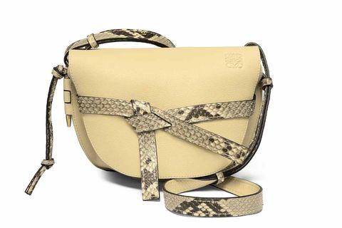 Bag, Handbag, Product, Shoulder bag, Fashion accessory, Beige, Satchel, Material property, Diaper bag, Messenger bag,