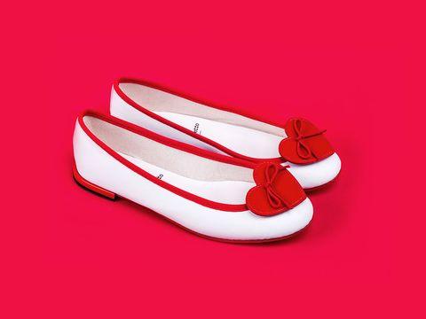 Shoe, Red, Carmine, Ballet flat, Tan, Maroon, Slipper, Coquelicot, Walking shoe,