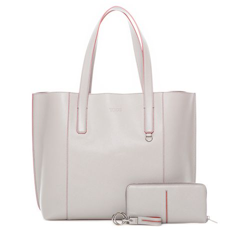 Product, Bag, White, Fashion accessory, Style, Luggage and bags, Beauty, Shoulder bag, Fashion, Handbag,