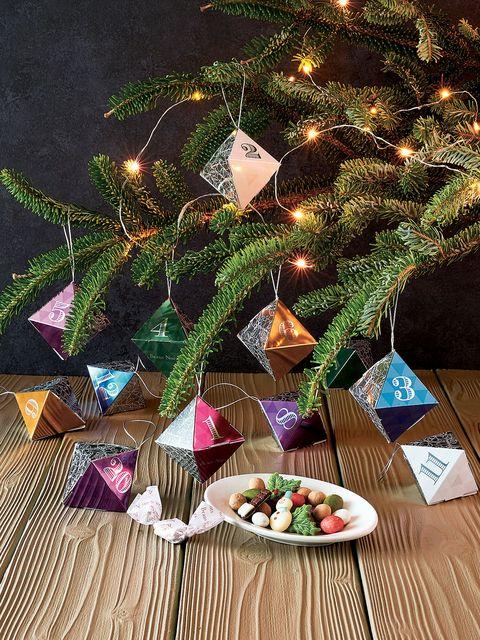 Christmas tree, Christmas, Tree, Christmas decoration, Christmas ornament, Christmas eve, Branch, Fir, Pine, Interior design,