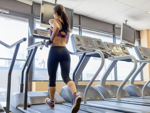 Exercise machine, Treadmill, Exercise equipment, Sportswear, Gym, Physical fitness, Leg, Thigh, Sports equipment, Active pants,