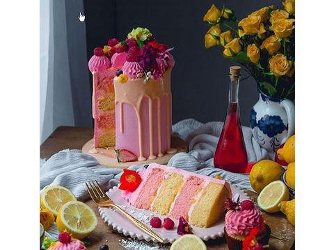 Food, Cuisine, Brunch, Still life, Fruit, Dessert, Dish, Sweetness, Table,
