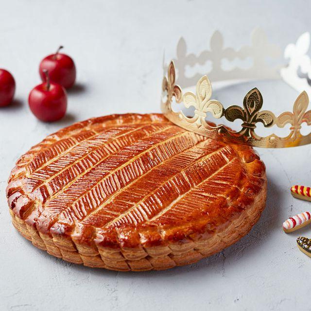 Food, Cuisine, Baked goods, Dish, Fashion accessory, Dessert,