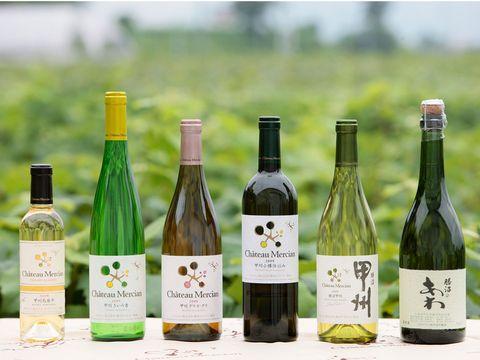 Bottle, Glass bottle, Wine bottle, Drink, Alcoholic beverage, Product, Alcohol, Wine, Distilled beverage, Liqueur,