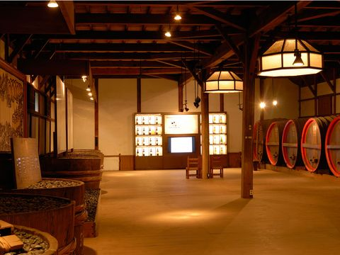 Lighting, Light fixture, Beam, Barrel, Lantern,