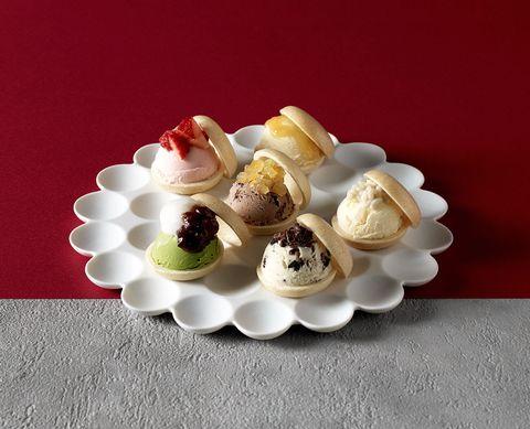Food, Cuisine, Dish, Dessert, Ingredient, Frozen dessert, Praline, Meringue, Sweetness, Vanilla,
