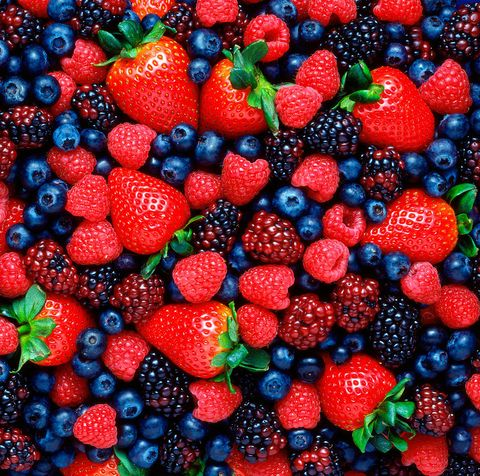 Natural foods, Berry, Fruit, Frutti di bosco, Food, Blackberry, Plant, West Indian raspberry , Superfood, Seedless fruit,